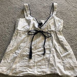 New york and company top size large
